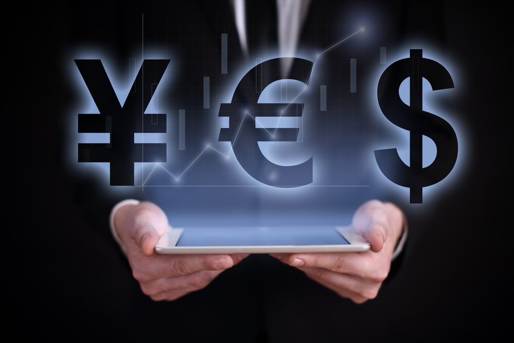 The Dollar Continue its Bearish Movement against the Euro Today