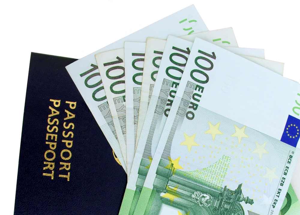 Tourist Spending Ended 2016 on a Decelerated Shortfall