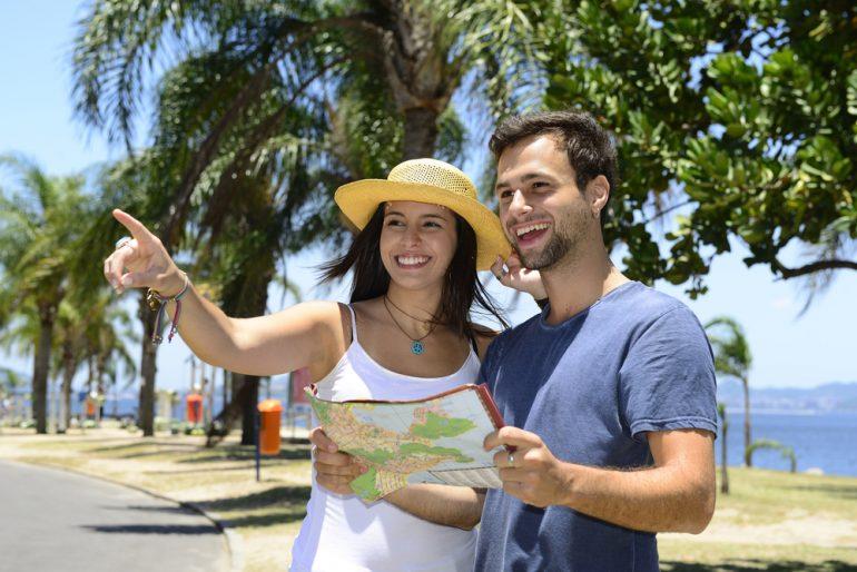 tourists 3