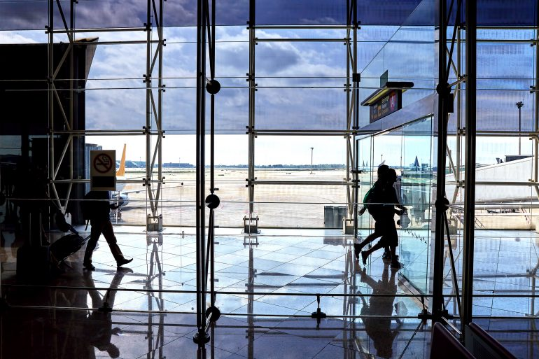 airport passengers 8