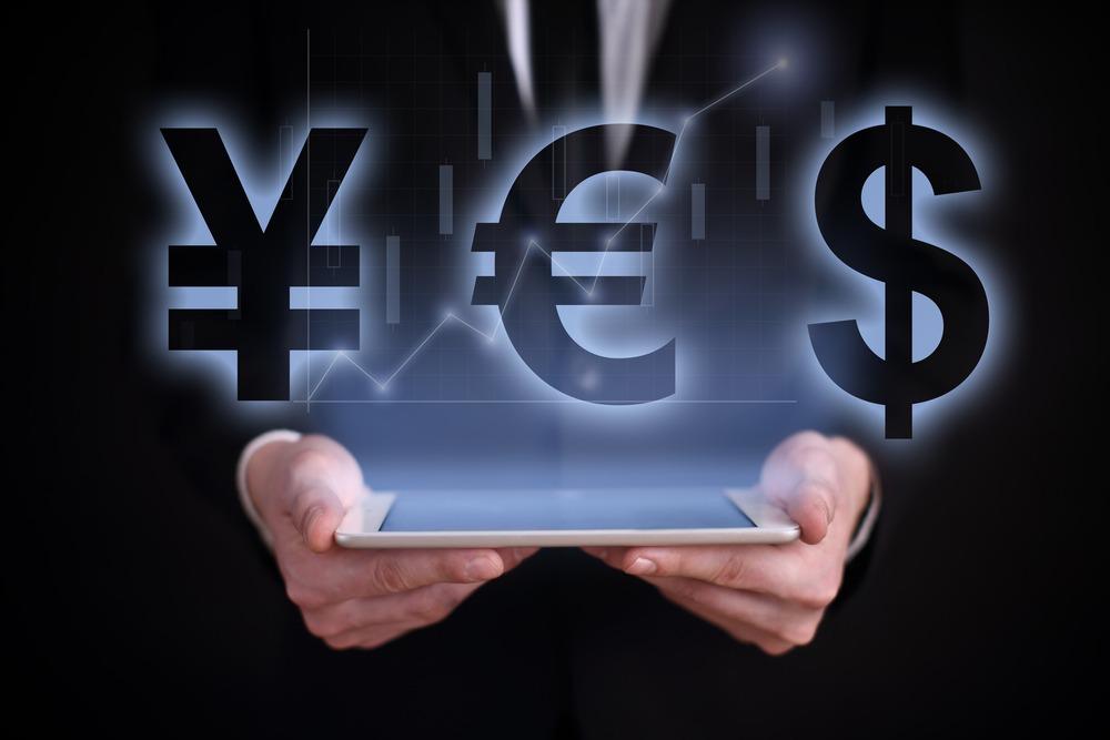 EUR Down This Week, Pressured by Safe-Haven Demand